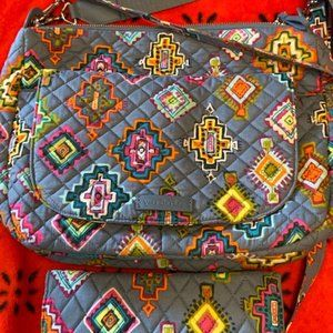 Vera Bradley Carson with matching wallet